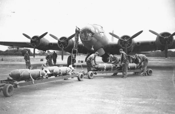 B-17 #41-9148 / Boomerang