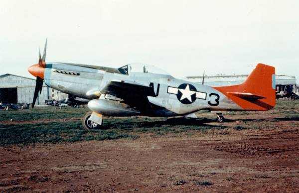 Tuskegee P-51 // Wikipedia Commons [Public Domain]