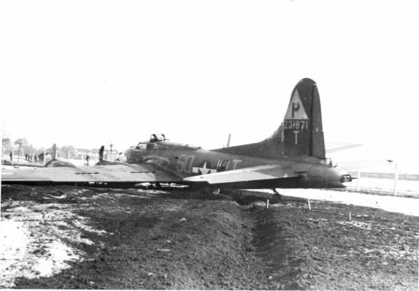 B-17 #42-31871