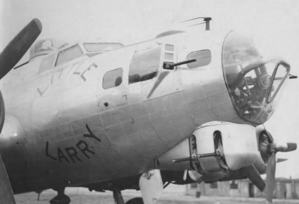 B-17 #44-6842 / Little Larry