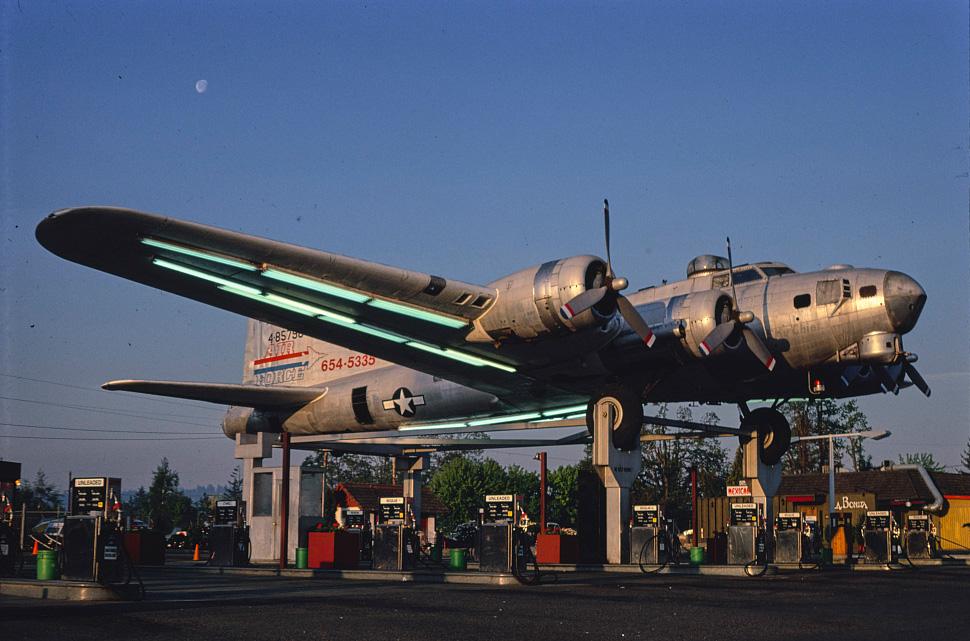 B-17 #44-85790 / Lacey's Lady