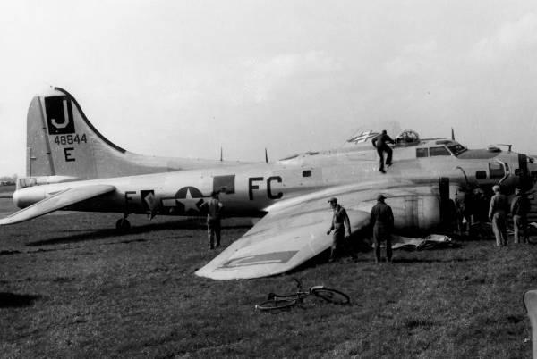 B-17 #44-8844