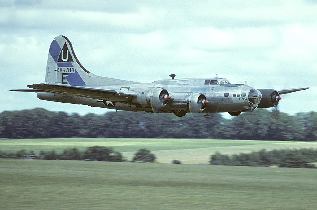 B-17 #44-85784 / Sally B
