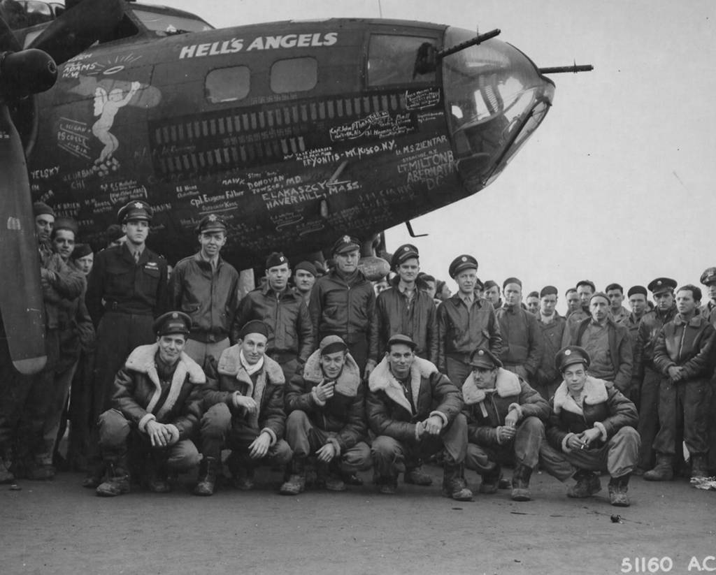 41-24577 / Hell's Angels | B-17 Bomber Flying Fortress – The