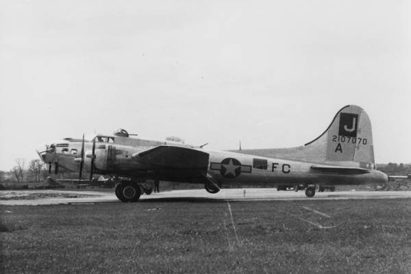 B-17 #42-107070 / North Star