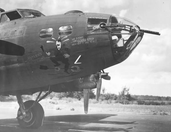 B-17 #42-3043 / Hitler's Gremlin