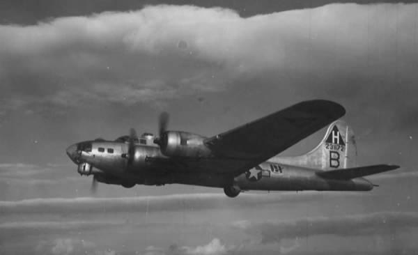 B-17 #42-31172 / Miss Patricia