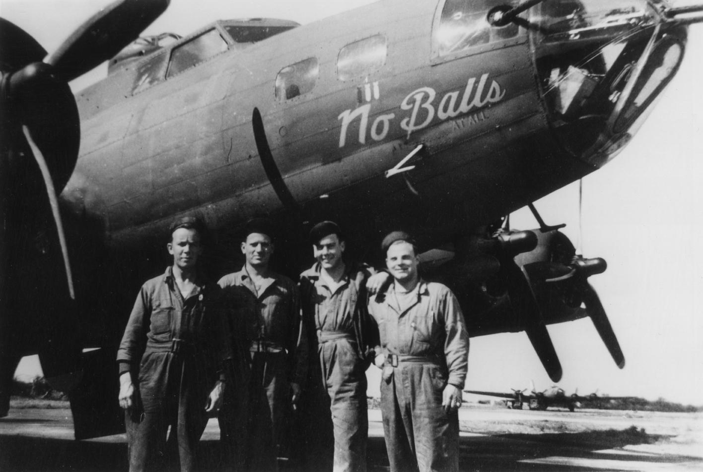 B-17 #42-3136 / Eight Ball aka No Balls At All