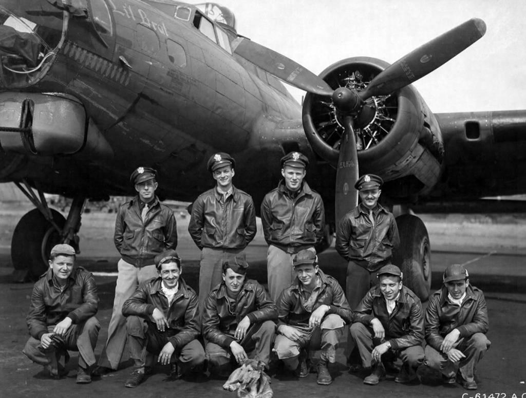 B-17 #42-31921 / Lil' Brat