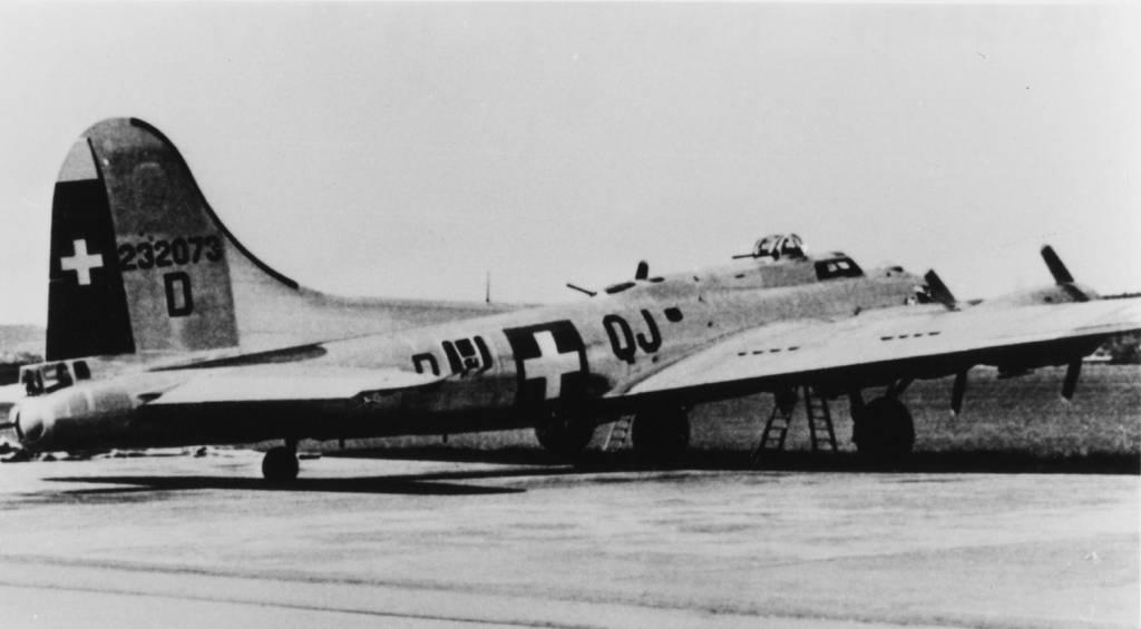 B-17 #42-32073