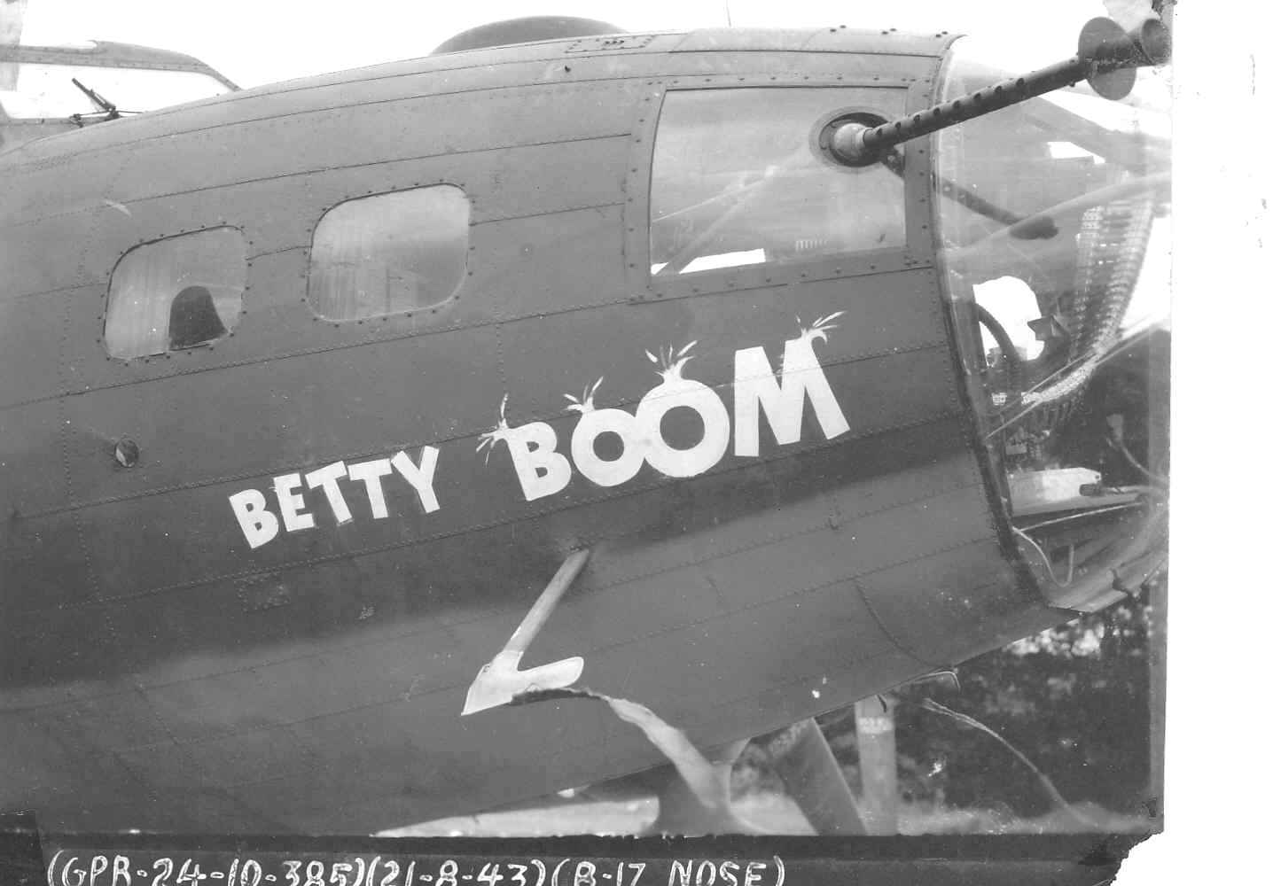 B-17 #42-3316 / Betty Boom aka Big Stinky
