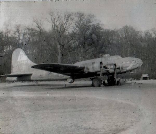 B-17 #42-3429 / Flak House