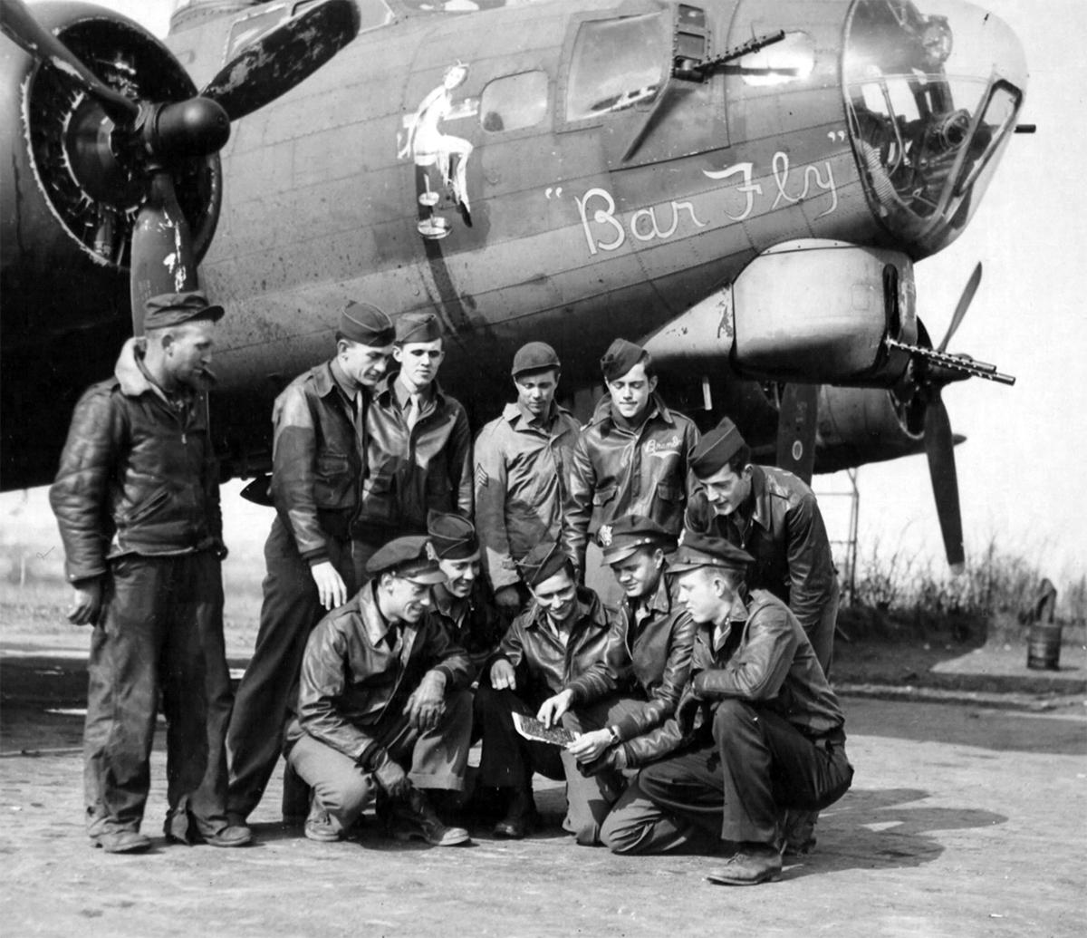 B-17 #42-39936 / Bar Fly