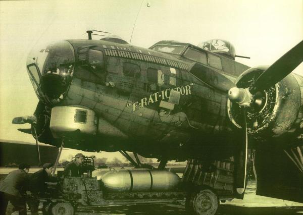 B-17 #42-39970 / E-Rat-Icator