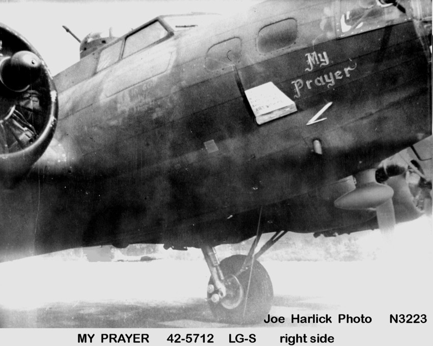 B-17 #42-5712 / Heavy Weight Annihilators No. 2 aka My Prayer
