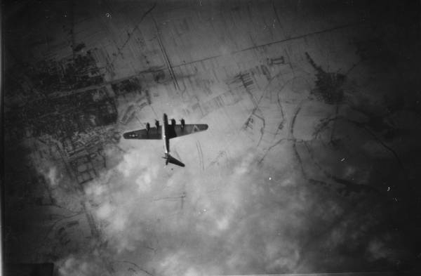 B-17 #43-38689