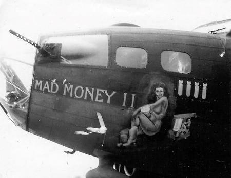 B-17 #42-5838 / Mad Money II