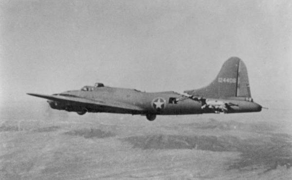 B-17 #41-24406 / All American