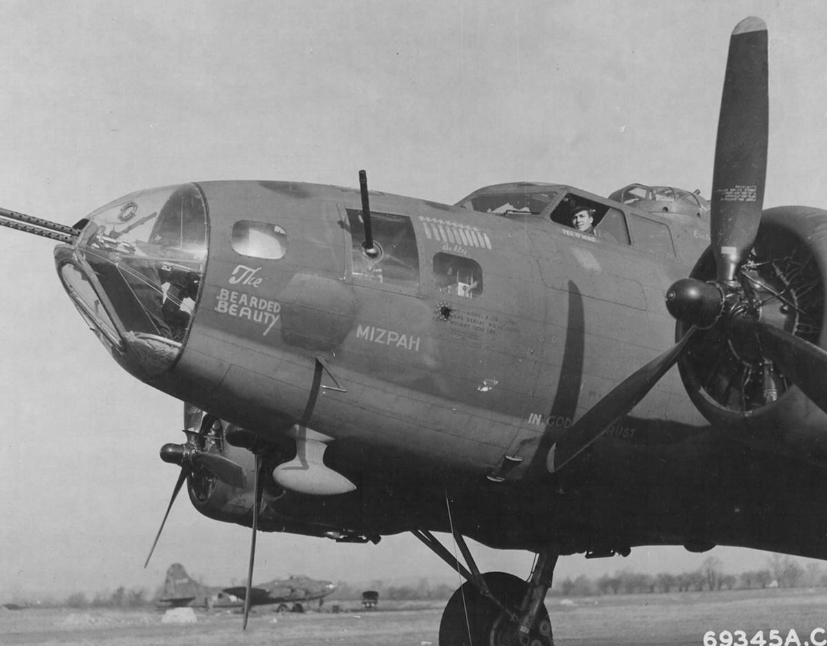 B-17 #41-24453 / Mizpah – The Bearded Lady aka The Bearded Beauty