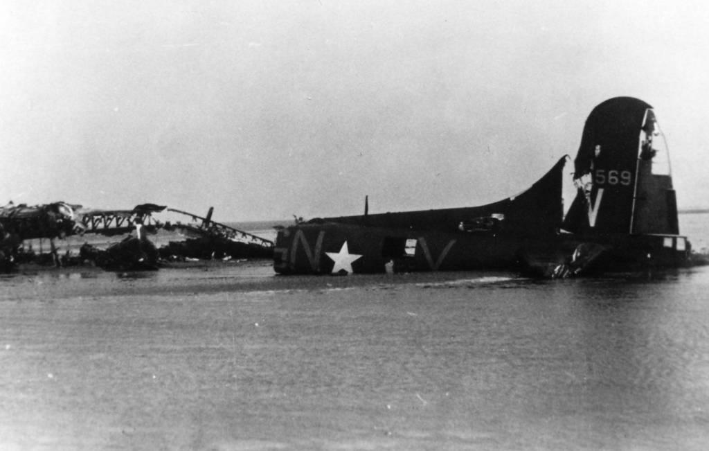 B-17 #41-24569 / Memphis Tot