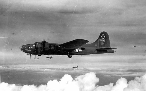 B-17 #42-29513 / El Diablo