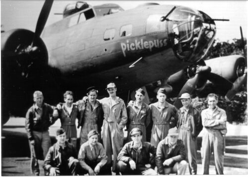 B-17 #42-30063 / Paddlefoot aka Picklepuss