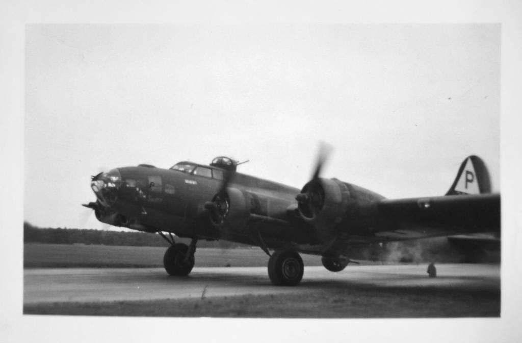B-17 #42-30139 'SNUFFY'