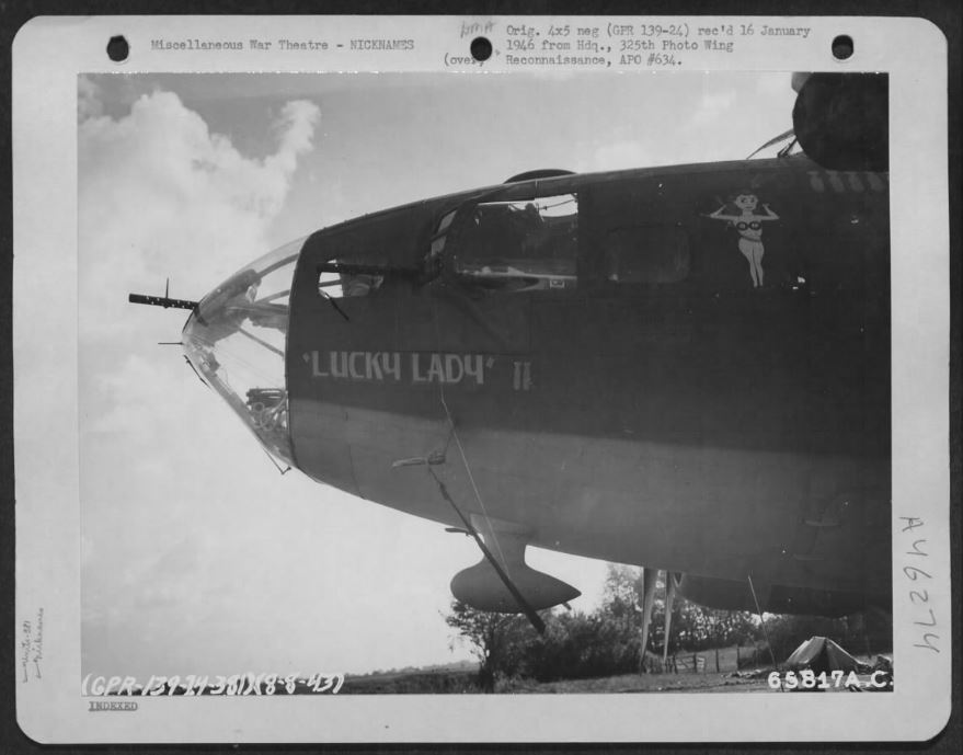 B-17 #42-30245 / Lucky Lady