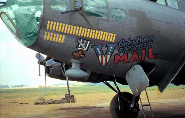 B-17 #42-30451 / V Mail Gets There Fastest