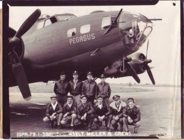 B-17 #42-30808 / Pegasus
