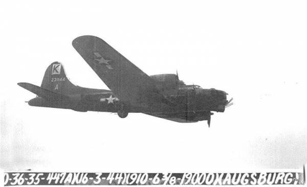 B-17 #42-31144 / Rowdy Rebel aka Miss America