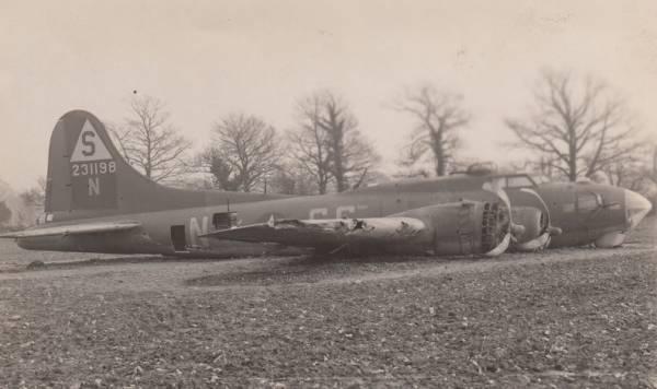 B-17 #42-31198 / Fancy Nancy II