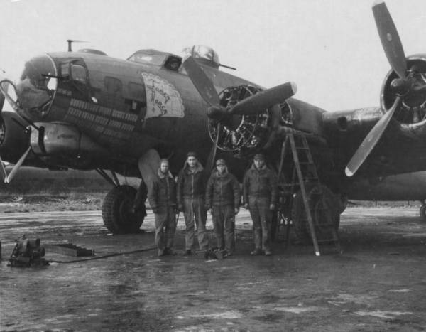 B-17 #42-31662 / Fancy Nancy IV
