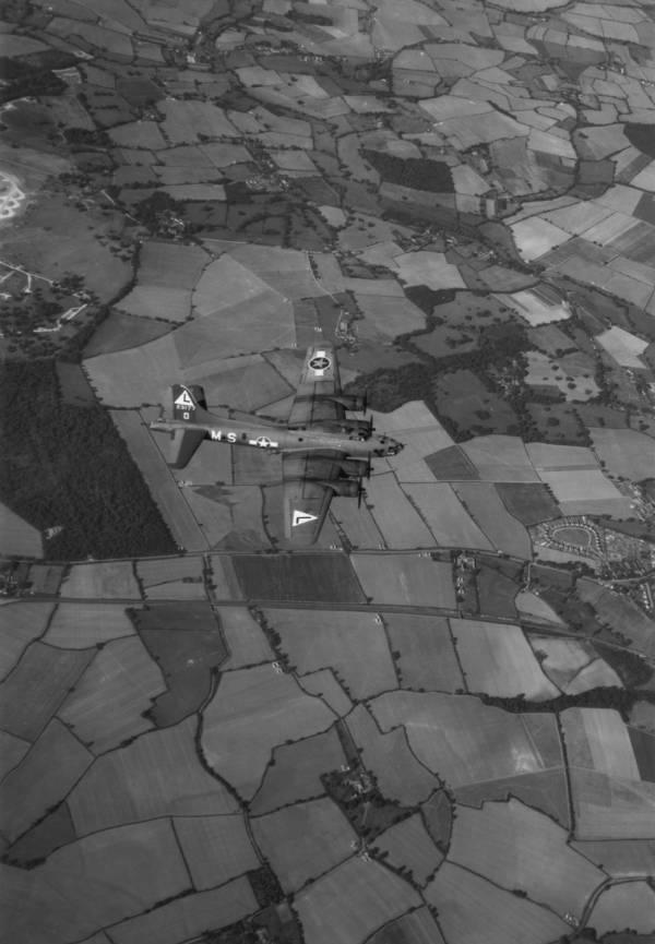 B-17 #42-3177 / The Hellion