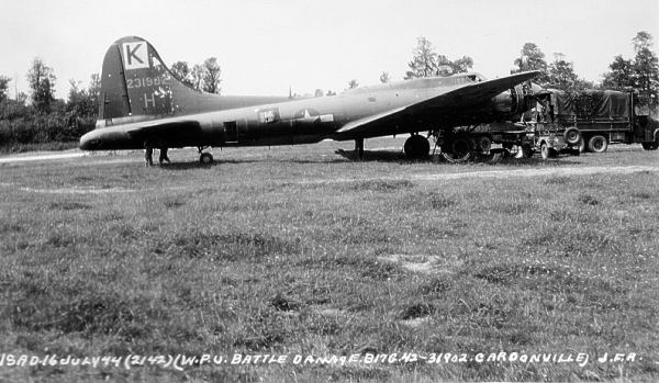 B-17 #42-31902 / Stormy Weather II