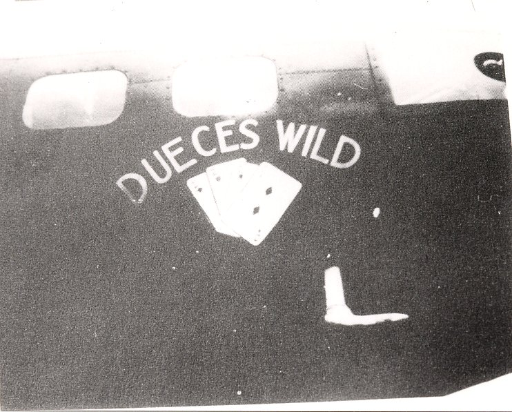 B-17 #42-3222 / Deuces Wild