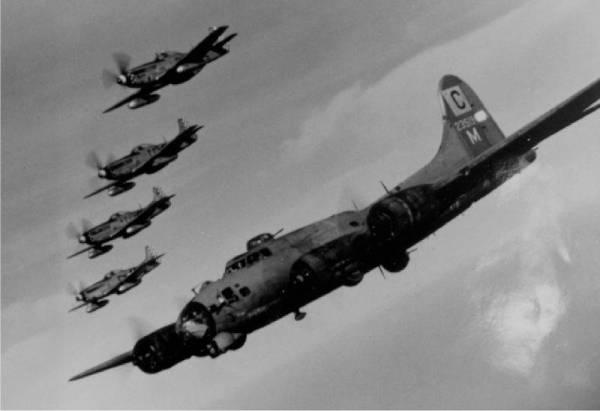 B-17 #42-3519 / Pee Wee II