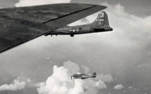 B-17 #42-37868 / Due Back