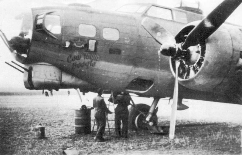 B-17 #42-39995 / Cow Town Boogie