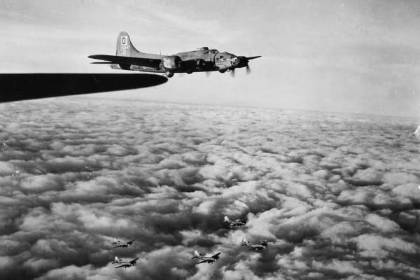 B-17 #42-5867 / Alice from Dallas