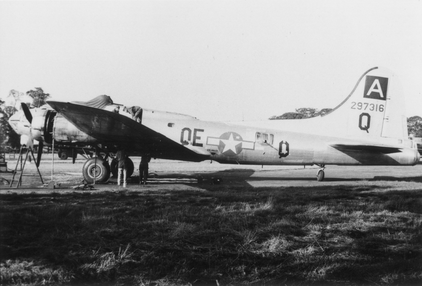 B-17 #42-97316 / Tommy