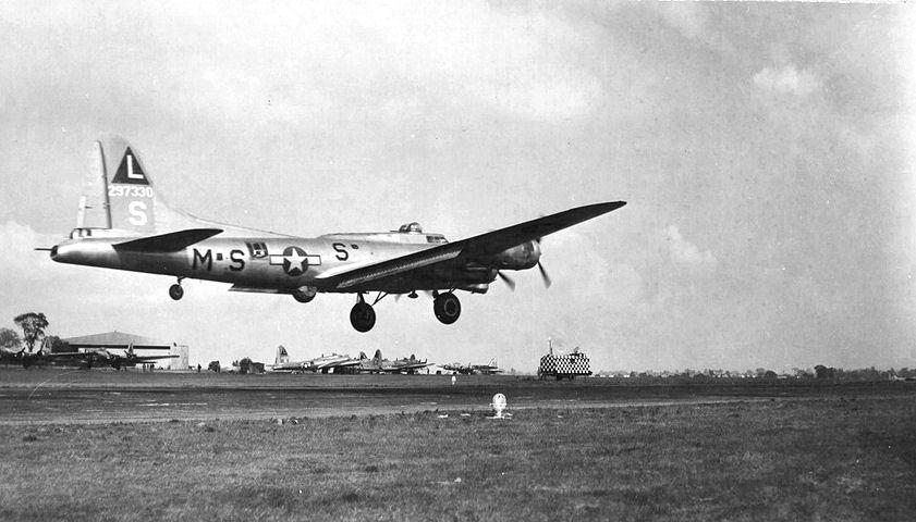 B-17 #42-97330 / Chug-A-Lug II (IV)