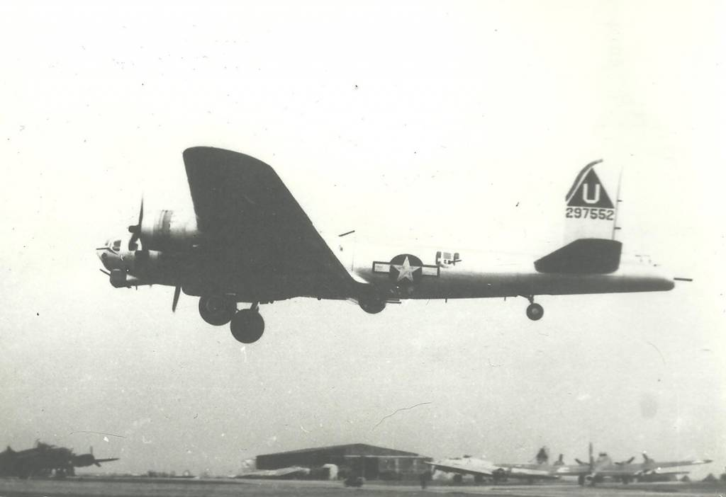 B-17 #42-97552 / The Road Back