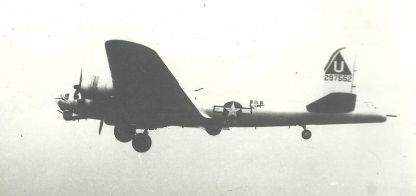 Boeing B-17 #42-97552 / The Road Back