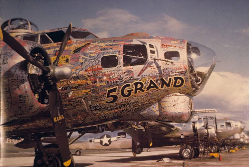 B-17 #43-37716 / 5 Grand