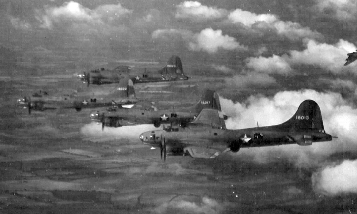 B-17 #41-9013