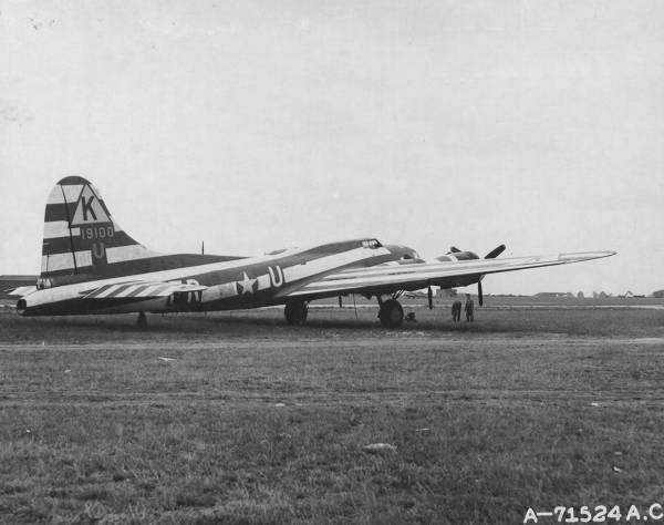 B-17 #41-9100 / Birmingham Blitzkrieg