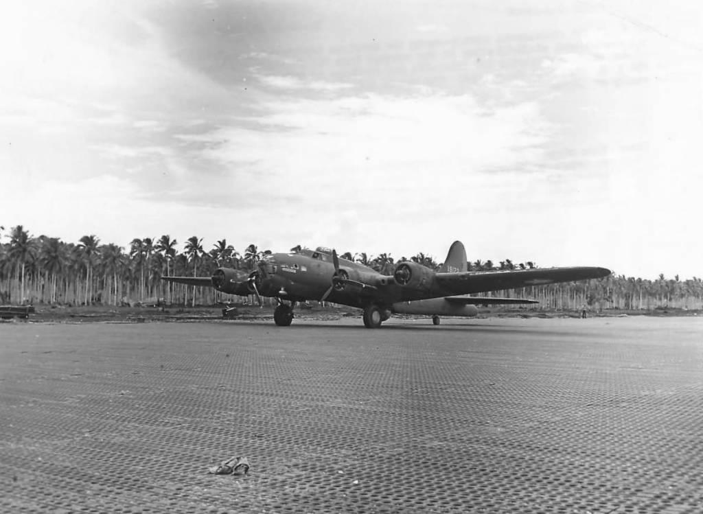 B-17 #41-9122 / Eager Beavers