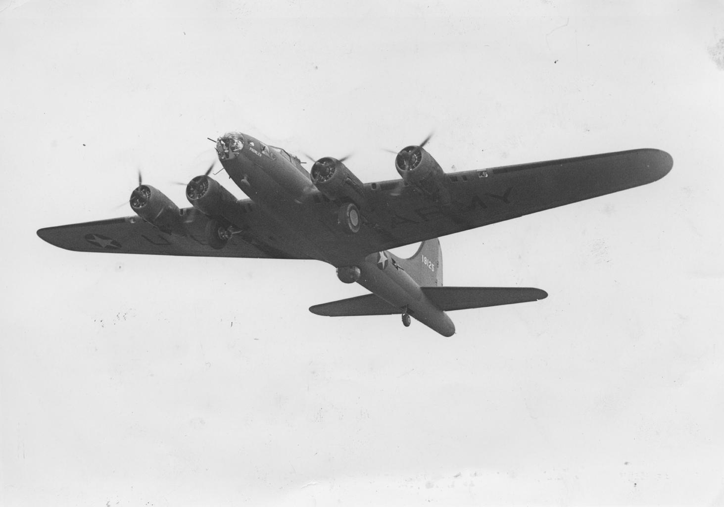 B-17 #41-9125 / Prowler