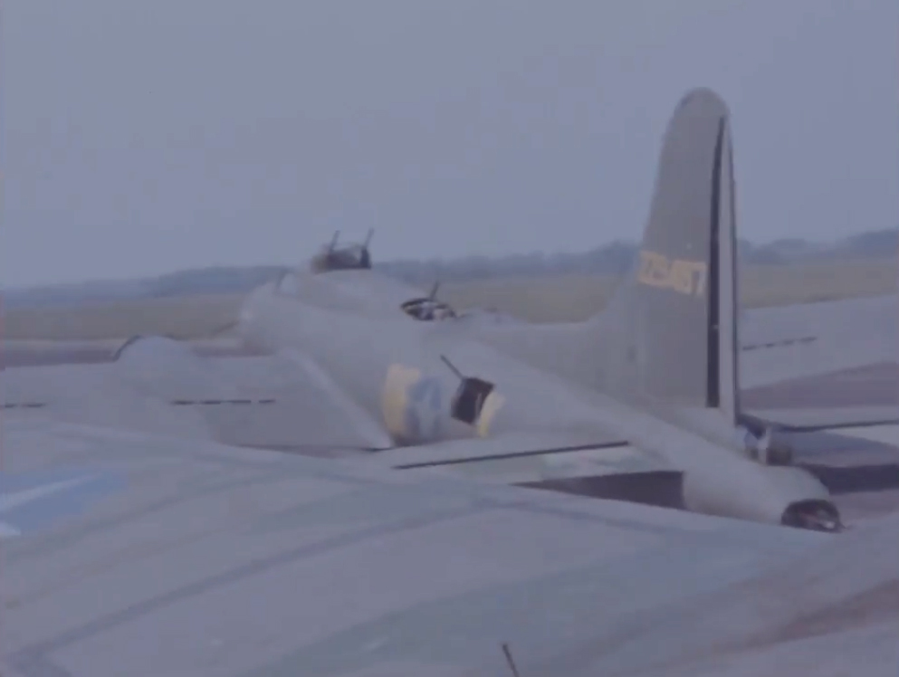 B-17 #42-29487 / Ritzy Blitz